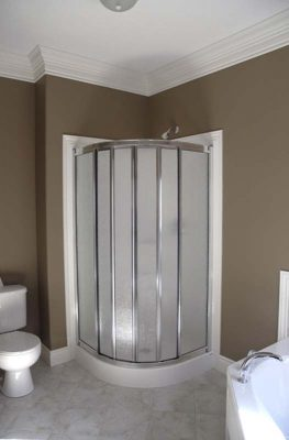 round corner shower
